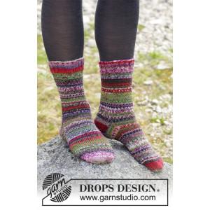 Rock Socks by DROPS Design - Sockor Stickopskrift strl. 35/37 - 41/43
