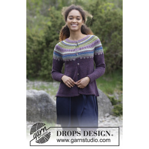 Blueberry Fizz Jacket by DROPS Design - Jacka Stickopskrift strl. S - XXXL