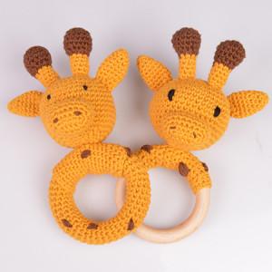 Giraffskallror från Rito Krea - Skallra Virkmönster 16 cm