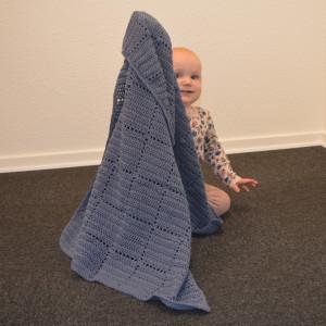Nordic Baby Merino Babytäcke av Rito Krea - Babytäcke Virkmönster 70x100cm