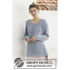April Showers by DROPS Design - Lang Bluse Strikkeopskrift str. S - XXXL