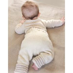 Little Darcy Pants by DROPS Design - Baby Byxor Stick-mönster strl. 0/1 mdr - 3/4 år