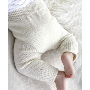 Cozy and Cute by DROPS Design - Baby Byxor Stick-mönster strl. 1/3 mdr - 3/4 år