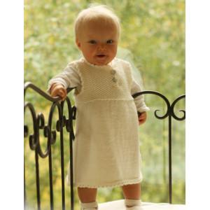 Baby Harriet by DROPS Design - Baby Klänning och Tofflor Stick-mönster strl. 1/3 mdr - 3/4 år