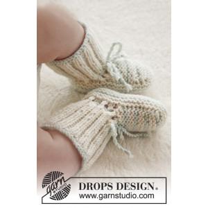 First Impression Booties by DROPS Design - Baby Tofflor Stick-opskrift strl. præmatur - 3/4 år