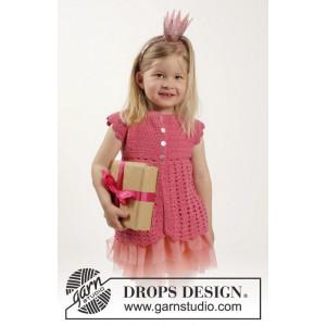 Lovely Rose by DROPS Design - Barnjacka Virk-opskrift strl. 12/18 mdr - 9/10 år