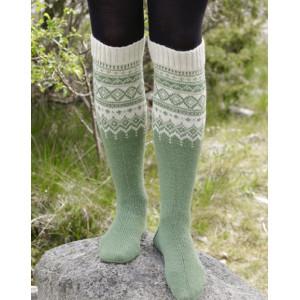 Perles du Nord Socks by DROPS Design - Sockar Stickopskrift strl. 35/37 - 41/43