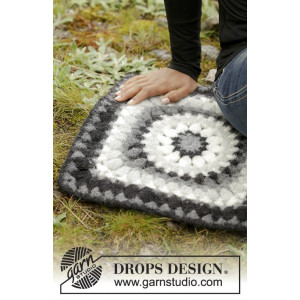 Slate Rose by DROPS Design - Sittunderlag Virk-mönster 36x36 cm