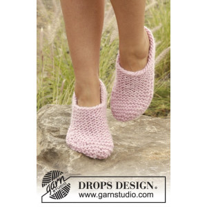 Way of Roses by DROPS Design - Tofflor Stick-opskrift str. 35/37 - 40/42
