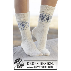 Nordic Summer Socks by DROPS Design - Sockor Stick-opskrift str. 35/37 - 41/43