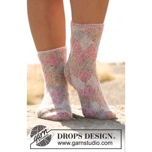 Fair and Square by DROPS Design - Sockor Stick-opskrift str. 35/37 - 41/43