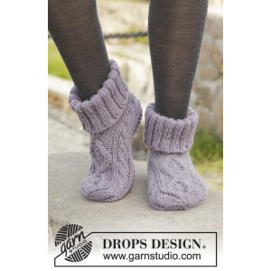 Celtic Dancer by DROPS Design - Tofflor Stick-opskrift strl. 35/37 - 41/43