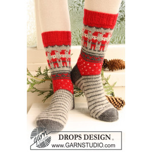 Dancing Elves by DROPS Design - Sockor Stick-opskrift strl. 32/34 - 41/43
