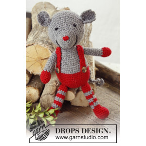 Stuart Little by DROPS Design - Julmus med hängslen Virk-opskrift 28 cm