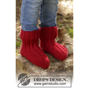 Tomato Jam by DROPS Design - Tofflor Stick-opskrift strl. 20/21 - 35/37