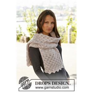 Soft Magnolia by DROPS Design - Halsduk Stick-opskrift 175x35 cm